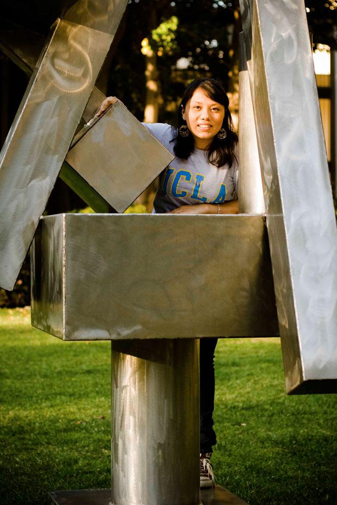 Angela Becerra: 2009 Senior of the Year